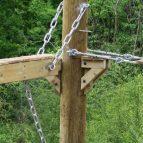 Hindleap Warren Niko-Rail Course Pole connection closeup